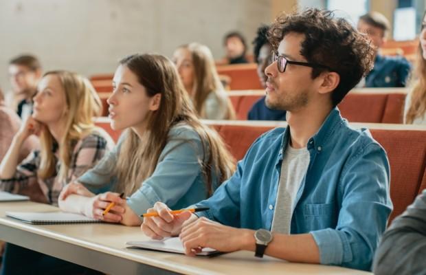 zpsb-3-powody-dla-ktorych-warto-wybrac-studia-podyplomowe-cm